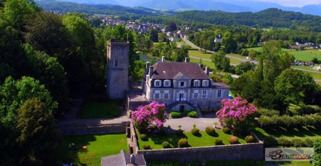 Chateau-de-Coarraze- video-drone-promotion